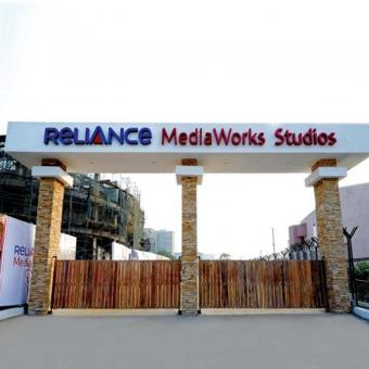 https://www.indiantelevision.com/sites/default/files/styles/340x340/public/images/tv-images/2018/05/26/Reliance-MediaWorks.jpg?itok=9ovN6LGH