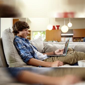 http://www.indiantelevision.com/sites/default/files/styles/340x340/public/images/tv-images/2018/06/23/netflex.jpg?itok=MUocstEK