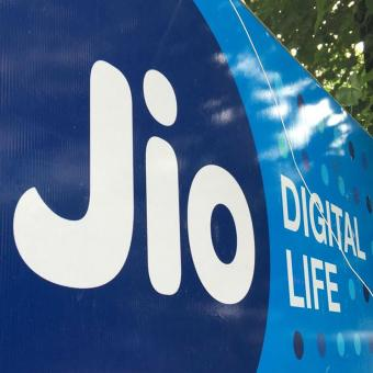 http://www.indiantelevision.com/sites/default/files/styles/340x340/public/images/tv-images/2018/06/26/Reliance_Jio.jpg?itok=zSVDYwQh