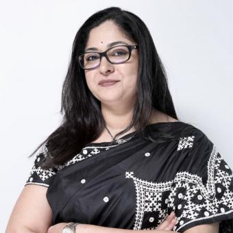 https://www.indiantelevision.com/sites/default/files/styles/340x340/public/images/tv-images/2018/08/29/aparna.jpg?itok=0tGCciHn