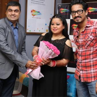 http://www.indiantelevision.com/sites/default/files/styles/340x340/public/images/tv-images/2018/11/02/Shemaroo-Entertainment.jpg?itok=YYAyOVjK