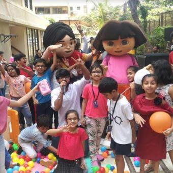 https://www.indiantelevision.com/sites/default/files/styles/340x340/public/images/tv-images/2018/11/14/children.jpg?itok=0w-PSLPz
