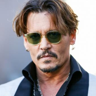 https://www.indiantelevision.com/sites/default/files/styles/340x340/public/images/tv-images/2018/11/22/Johnny-Depp.jpg?itok=8640O6A4