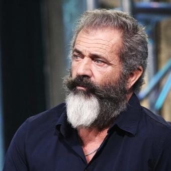 https://www.indiantelevision.com/sites/default/files/styles/340x340/public/images/tv-images/2018/11/22/Mel-Gibson.jpg?itok=8g2vdjAN