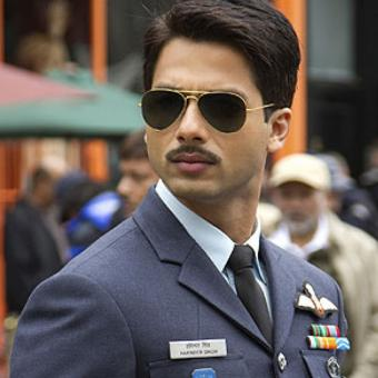 https://www.indiantelevision.com/sites/default/files/styles/340x340/public/images/tv-images/2018/11/22/Shahid-Kapoor.jpg?itok=ujImol-M