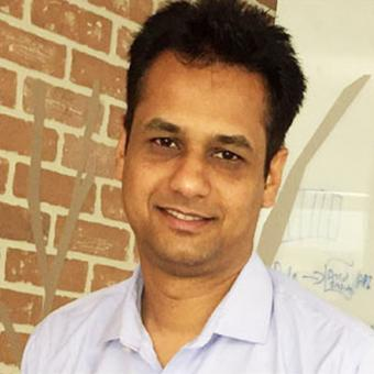 https://www.indiantelevision.com/sites/default/files/styles/340x340/public/images/tv-images/2019/01/07/Devendra-Deshpande.jpg?itok=nZsWeNLS