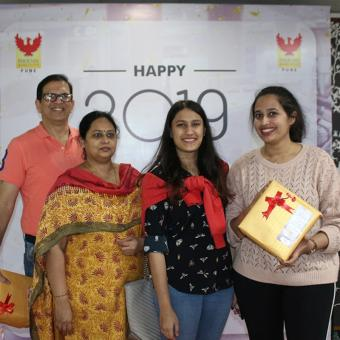 http://www.indiantelevision.org.in/sites/default/files/styles/340x340/public/images/tv-images/2019/01/09/Phoenix.jpg?itok=E_PU5QS5
