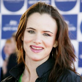 http://www.indiantelevision.com/sites/default/files/styles/340x340/public/images/tv-images/2019/01/29/Juliette-Lewis.jpg?itok=N5dR_YMQ