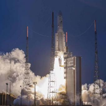 https://www.indiantelevision.com/sites/default/files/styles/340x340/public/images/tv-images/2019/02/06/isro.jpg?itok=K1Ge0MsZ