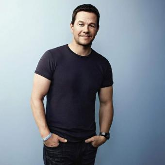 https://www.indiantelevision.com/sites/default/files/styles/340x340/public/images/tv-images/2019/02/07/Mark-Wahlberg.jpg?itok=qN9vGXw5
