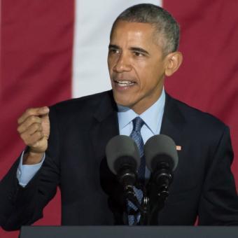 https://www.indiantelevision.com/sites/default/files/styles/340x340/public/images/tv-images/2019/02/07/Obama.jpg?itok=Io0hYEPP