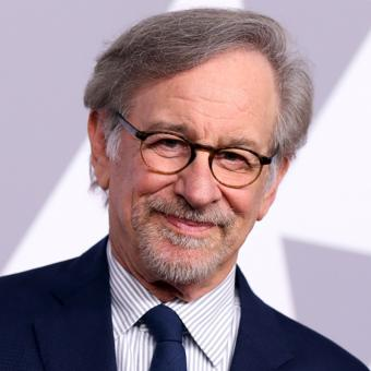 https://www.indiantelevision.com/sites/default/files/styles/340x340/public/images/tv-images/2019/02/07/Steven-Spielberg.jpg?itok=k3ANQWHd
