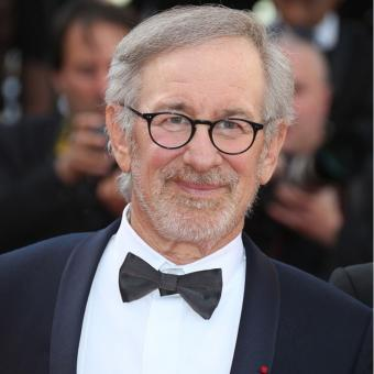 https://www.indiantelevision.com/sites/default/files/styles/340x340/public/images/tv-images/2019/02/20/Spielberg.jpg?itok=a1U2geKy