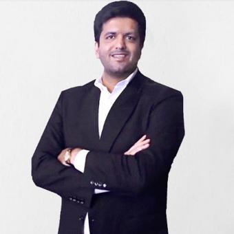 https://us.indiantelevision.com/sites/default/files/styles/340x340/public/images/tv-images/2019/04/02/aditya.jpg?itok=vB3eXGgd