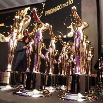 https://www.indiantelevision.com/sites/default/files/styles/340x340/public/images/tv-images/2019/06/03/TROPHIES.jpg?itok=2o_rE6wY