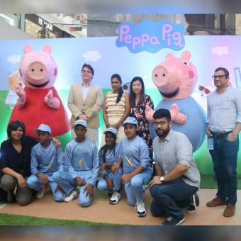 https://www.indiantelevision.com/sites/default/files/styles/340x340/public/images/tv-images/2019/07/09/Peppa-Pig.jpg?itok=oV4cR7pi
