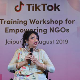 https://www.indiantelevision.com/sites/default/files/styles/340x340/public/images/tv-images/2019/08/05/tiktok.jpg?itok=nPhPASjU