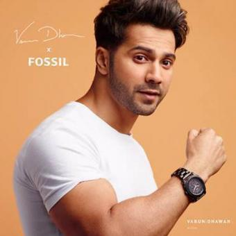 https://www.indiantelevision.com/sites/default/files/styles/340x340/public/images/tv-images/2019/09/26/fossil.jpg?itok=vz3ZOkU2