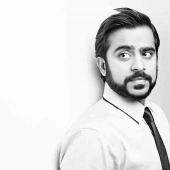https://www.indiantelevision.com/sites/default/files/styles/340x340/public/images/tv-images/2019/10/09/rajiv.jpg?itok=owA5TEgR
