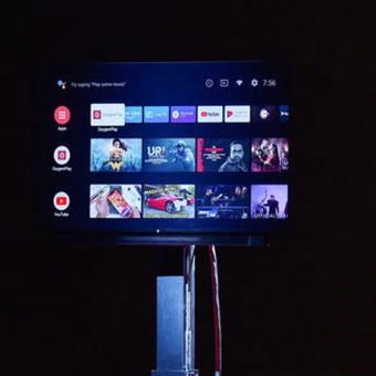https://us.indiantelevision.com/sites/default/files/styles/340x340/public/images/tv-images/2019/10/26/OnePlus_TV.jpg?itok=0xzpKiU1