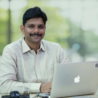https://www.indiantelevision.com/sites/default/files/styles/340x340/public/images/tv-images/2020/01/18/Anirudha_Khopade.jpg?itok=U7-jLeMR