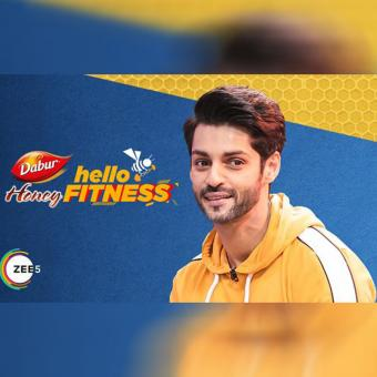 https://www.indiantelevision.com/sites/default/files/styles/340x340/public/images/tv-images/2020/06/29/zee5.jpg?itok=RnM72pv1