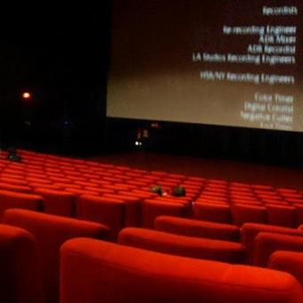 https://www.indiantelevision.com/sites/default/files/styles/340x340/public/images/tv-images/2020/07/28/chennai-theatre.jpg?itok=0deHg1Fj