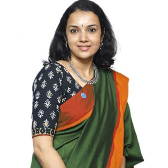 https://www.indiantelevision.com/sites/default/files/styles/340x340/public/images/tv-images/2020/09/29/aparna.jpg?itok=Ri9yGHir