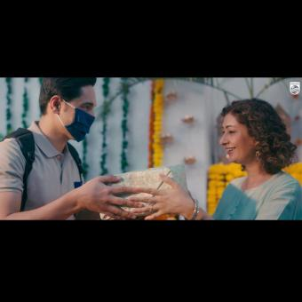 https://www.indiantelevision.com/sites/default/files/styles/340x340/public/images/tv-images/2020/10/19/philips.jpg?itok=Nkafiaxg