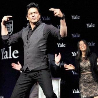 https://www.indiantelevision.com/sites/default/files/styles/340x340/public/images/tv-images/2020/11/02/srk.jpg?itok=d373CInH