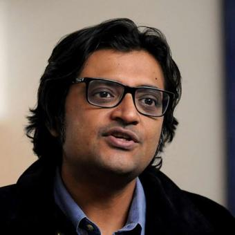 https://www.indiantelevision.com/sites/default/files/styles/340x340/public/images/tv-images/2020/11/27/arnab.jpg?itok=1eR5w5HM