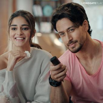 https://www.indiantelevision.com/sites/default/files/styles/340x340/public/images/tv-images/2021/01/10/ananya-tiger.jpg?itok=cOpJztGq