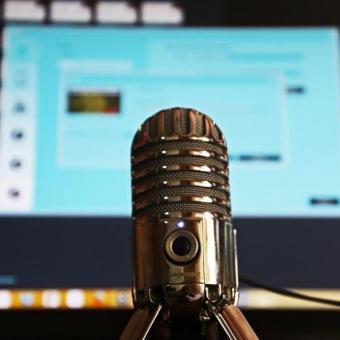 https://www.indiantelevision.com/sites/default/files/styles/340x340/public/images/tv-images/2021/03/26/podcast.jpg?itok=hAZkLbuS