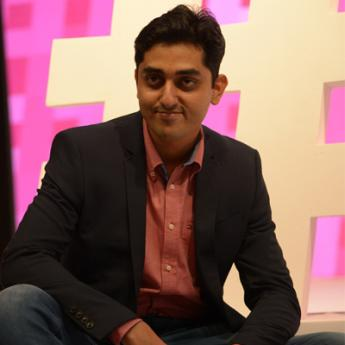 https://www.indiantelevision.com/sites/default/files/styles/345x345/public/images/event-coverage/2014/11/18/fame.jpg?itok=1wbF10aI