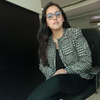 https://ntawards.indiantelevision.com/sites/default/files/styles/345x345/public/images/tv-images/2020/01/15/Pallavi_Vyas.jpg?itok=kV83Ouxv