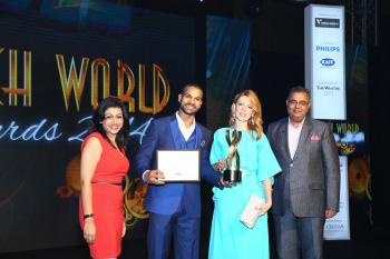https://www.indiantelevision.com/sites/default/files/styles/350x350/public/images/photos/2014/09/25/Shikhar%20Dhawan%20%20awarding%20to.jpg?itok=cIw1bC02