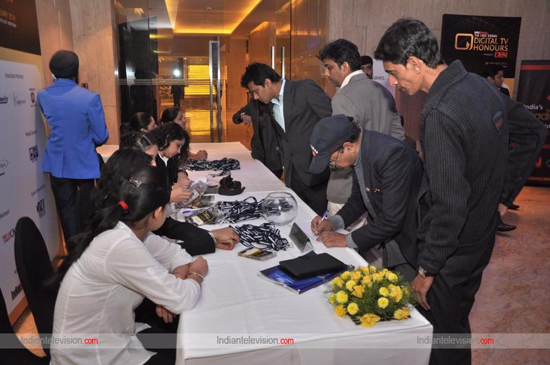 Participants register for the evening
