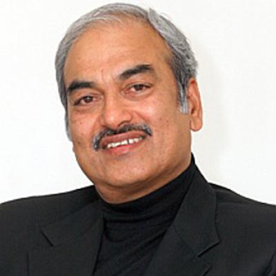 http://www.indiantelevision.com/sites/default/files/styles/smartcrop_800x800/public/images/cable_tv_images/2014/08/24/narayan_rao.jpg?itok=dsfhbyjB