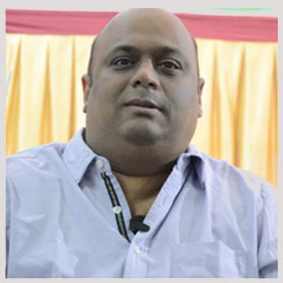 https://www.indiantelevision.com/sites/default/files/styles/smartcrop_800x800/public/images/cable_tv_images/2014/11/24/arvind%20prabhoo_0.JPG?itok=f3Gvk-zz