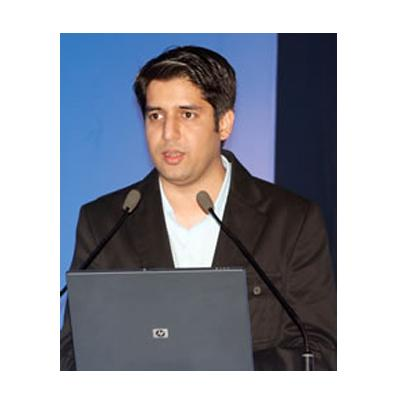 http://www.indiantelevision.com/sites/default/files/styles/smartcrop_800x800/public/images/event-coverage/2014/05/16/tarun_2.jpg?itok=zcQiqLPc