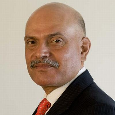 http://www.indiantelevision.com/sites/default/files/styles/smartcrop_800x800/public/images/internet-images/2015/01/16/raghav_bahl.jpg?itok=mHvrp0Ox