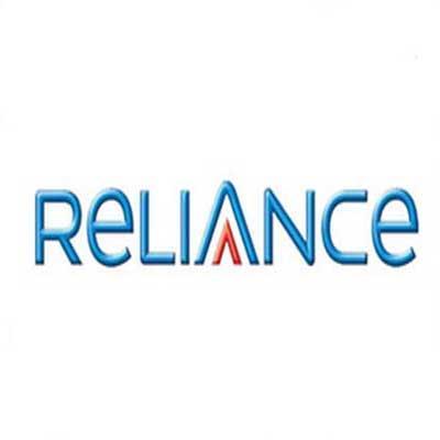 https://www.indiantelevision.com/sites/default/files/styles/smartcrop_800x800/public/images/internet-images/2015/04/16/Reliance_Entert2973.jpg?itok=RI0Uq_jS