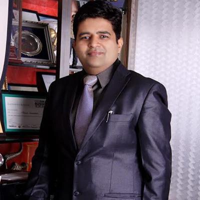 https://www.indiantelevision.com/sites/default/files/styles/smartcrop_800x800/public/images/mam-images/2014/01/13/sanjeev.jpg?itok=BhH2aDLW