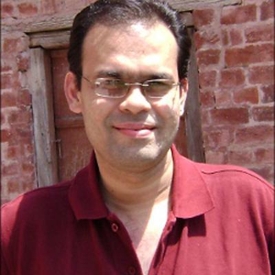 http://www.indiantelevision.com/sites/default/files/styles/smartcrop_800x800/public/images/mam-images/2014/02/07/Shankar-B.jpg?itok=s6U_p7gY