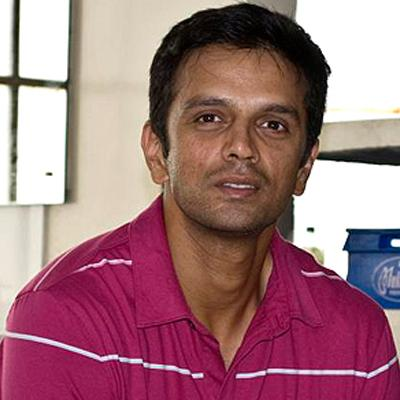 http://www.indiantelevision.com/sites/default/files/styles/smartcrop_800x800/public/images/mam-images/2014/05/30/rahul_dravid.jpg?itok=ssZ4A0ng
