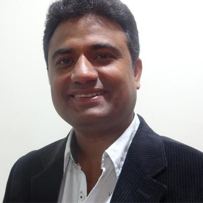 http://www.indiantelevision.com/sites/default/files/styles/smartcrop_800x800/public/images/mam-images/2014/07/21/HarshadHardikar.JPG?itok=HGQEmLJM