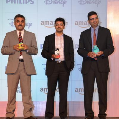 https://www.indiantelevision.com/sites/default/files/styles/smartcrop_800x800/public/images/mam-images/2014/07/24/Philips%20Lighting%20India%20launches%20the%20Philips%20Disney%20Imaginative%20Lighting%20Range%20%281%29.jpg?itok=6H_yVgYx