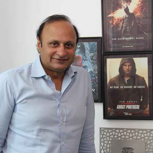 https://www.indiantelevision.com/sites/default/files/styles/smartcrop_800x800/public/images/movie-images/2014/04/10/Uday_Singh1.JPG?itok=1C2mn2Qg