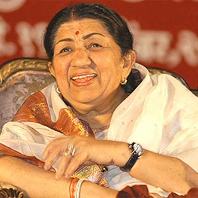 https://www.indiantelevision.com/sites/default/files/styles/smartcrop_800x800/public/images/movie-images/2014/06/03/lata_mangeshkar.jpg?itok=QvaGkEeH