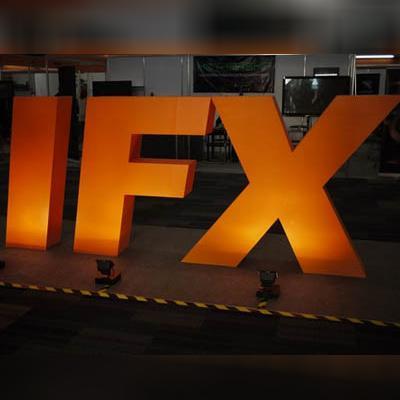 http://www.indiantelevision.com/sites/default/files/styles/smartcrop_800x800/public/images/movie-images/2015/08/06/a_18.jpg?itok=fr4jap9W